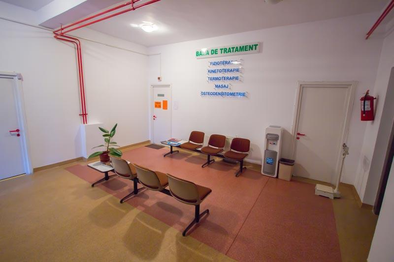 Sala asteptare clinica sf Iosif